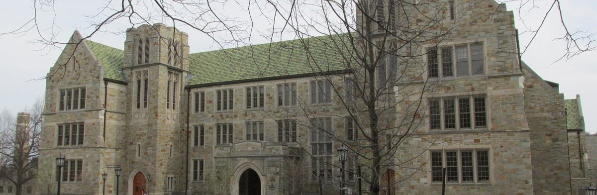 Boston / Carroll MBA Essay Topic Analysis