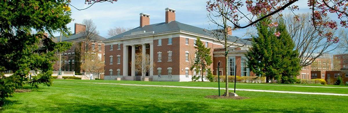 Rochester / Simon MBA Essay Topic Analysis