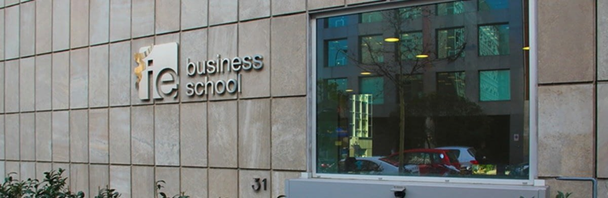 ie business school essay topic analysis