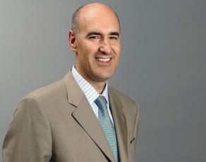 Headshot of Mauro Guillén