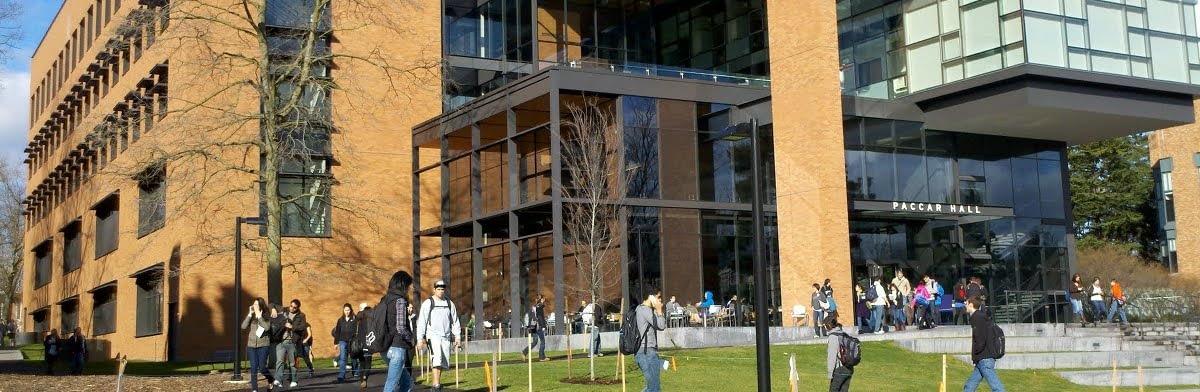 Washington / Foster MBA Essay Topic Analysis