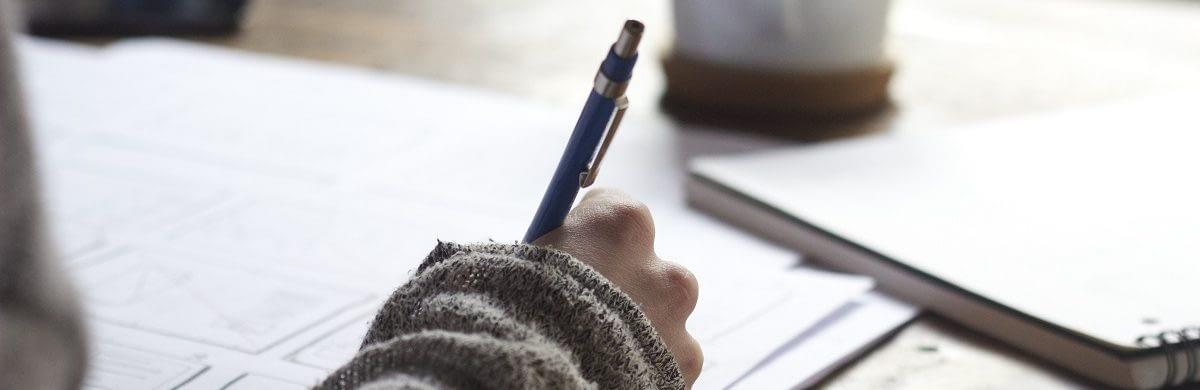 essay topic analyses